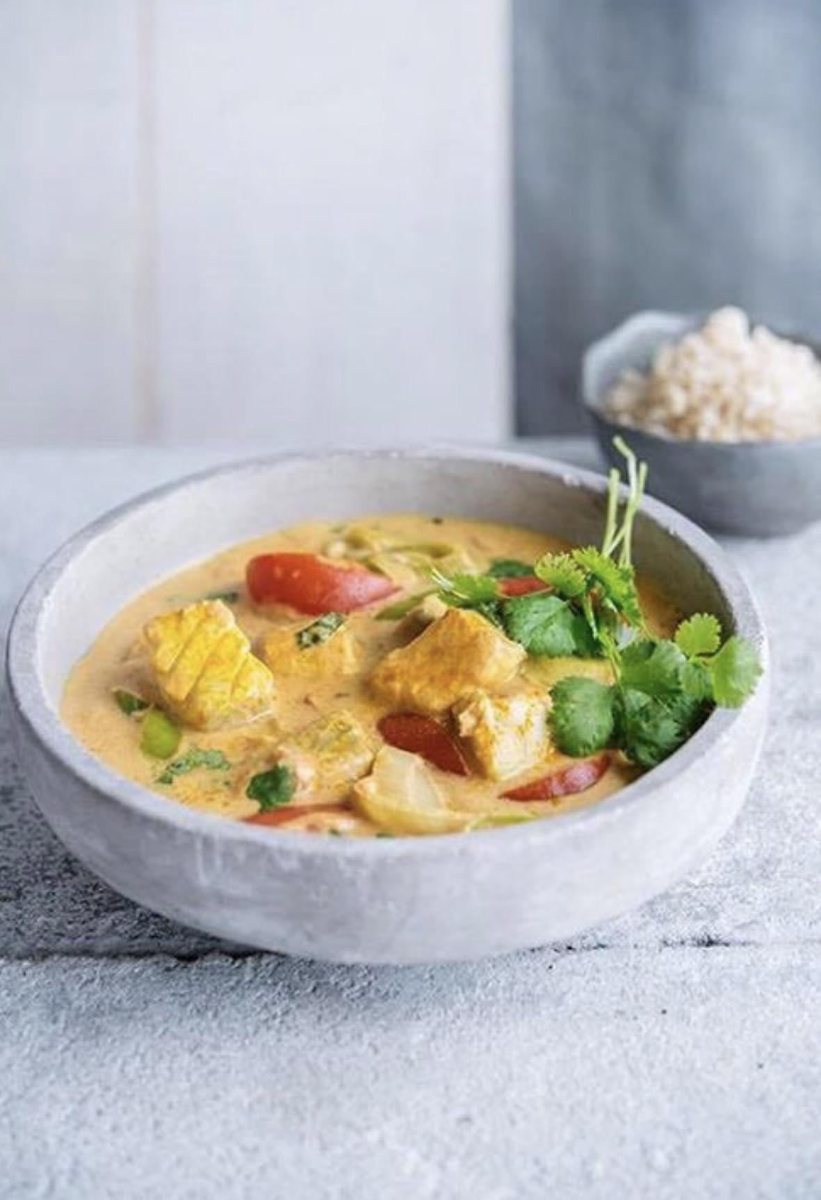 Foto van Viscurry met tomaat en kurkuma